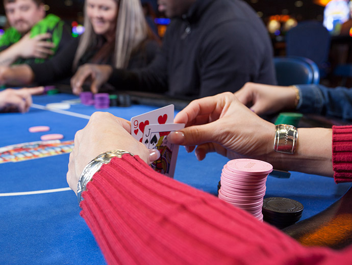 Live Poker at Seven Clans Casino Warroad