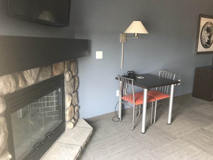 Fireplace Suite - Thief River Falls